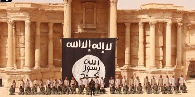 Palmira, Isis distrugge tempio di Baalshamin. Dopo l'uccisione dell'archeologo Khaled al Asaad, l'orrore