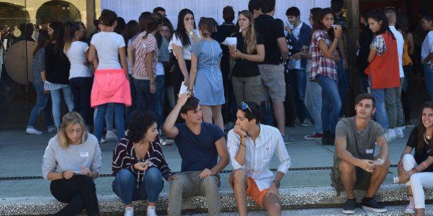 L'Orientale di Napoli offre ai profughi corsi di laurea gratuiti. E' la prima università italiana a dare...
