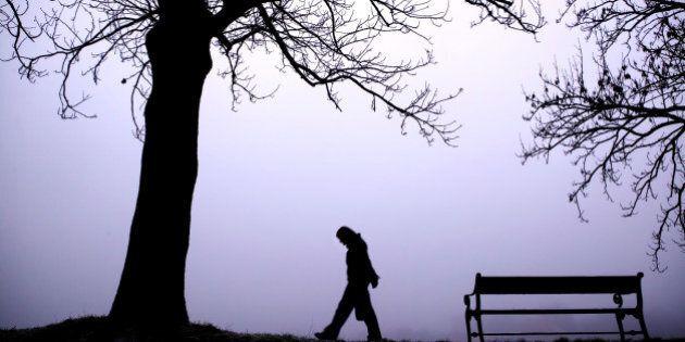 La solitudine fa male come 15 sigarette. Ecco come le forme moderne di lavoro incidono negativamente...