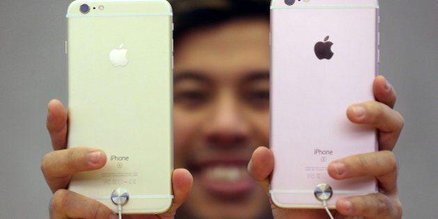 Apple Italia pagherà 318 milioni di euro all'Erario per sanare un'evasione fiscale da 880 milioni in...