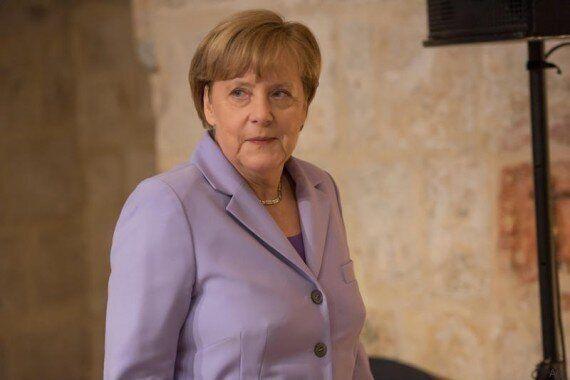 Financial Times, Merkel addio e Draghi salva-Italia nelle previsioni 2016. Chi vincerà le elezioni Usa?...