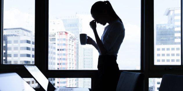 Le donne lavorano gratis per un mese l'anno. Per gli uomini il 22% di stipendio in