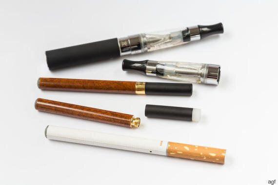 Il narghilè fa male? Fumarlo per un'ora è come inalare il fumo di 100 sigarette