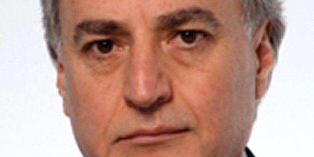 Camorra, chiesto arresto deputato Forza Italia Carlo Sarro. 13 arresti, fra cui Tommaso Barbato: era...