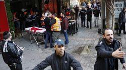 Spari in un bar a Tel Aviv, in tv immagini del killer a volto