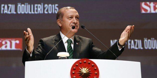Turchia, Erdogan comincia bene il 2016: cita la Germania di Hitler come buon sistema