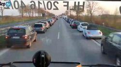 Quando in Germania passa un'ambulanza succede
