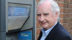Storia dell'uomo che inventò il bancomat guadagnandoci solo 15
