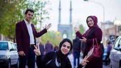 Teheran festeggia l'accordo, sui social e in strada (FOTO,