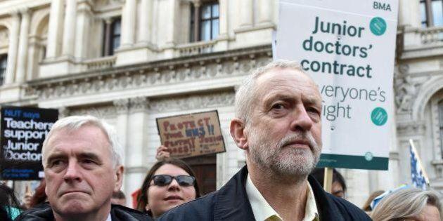 Bufera antisemitismo sul Labour. Corbyn prova a minimizzare, ma Ken il rosso insiste: