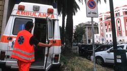 Usano l'ambulanza dell'ospedale per spacciare: tre arresti a