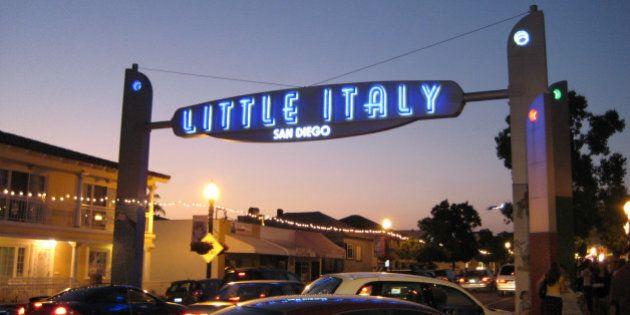 I 43 comandamenti imprescindibili per qualsiasi italiano all'estero (secondo gli