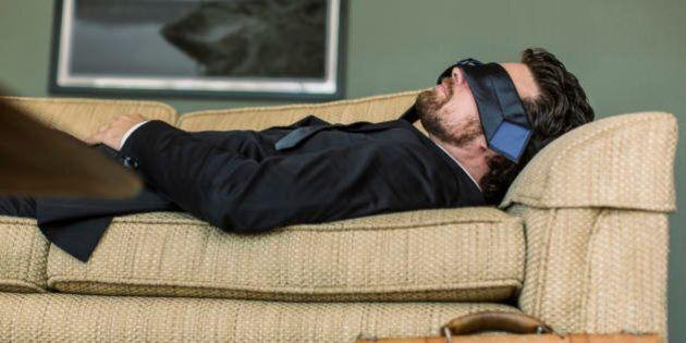 Sonno bifasico, dilazionare il riposo durante la giornata invece di dormire 8 ore a notte. Perché a contare...