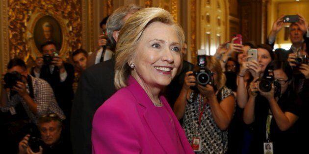 Accordo Iran, Hillary Clinton rivendica i suoi meriti e traccia la linea: