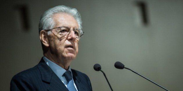 Mario Monti assegna i voti a Matteo Renzi. Promosso per riformismo, bocciato in finanza