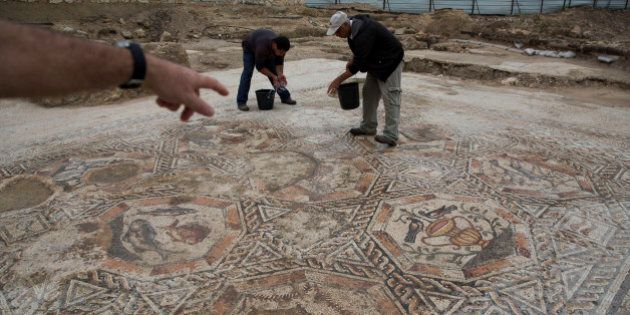 Mosaico romano del IV secolo scoperto nella città di Lod. L'Antiquities Authority: