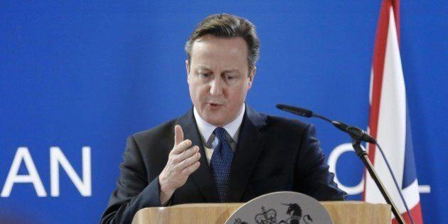 Brexit, David Cameron dà libertà di voto ai ministri del suo governo. Un altro colpo all'Ue dopo le sospensioni...