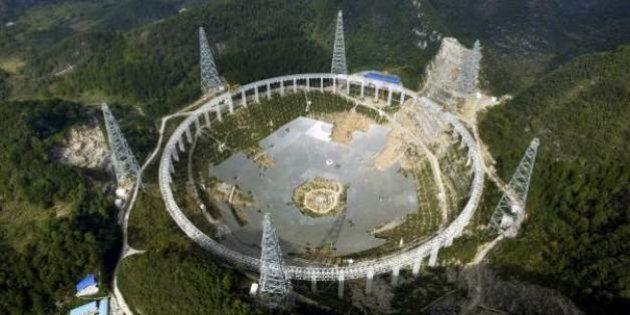 Cina, sgomberati terresti per osservare gli extraterrestri. Novemila cinesi trasferiti da Guizhou per...