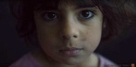 VIDEO. Bambini occidentali scrivono delle lettere ai bambini