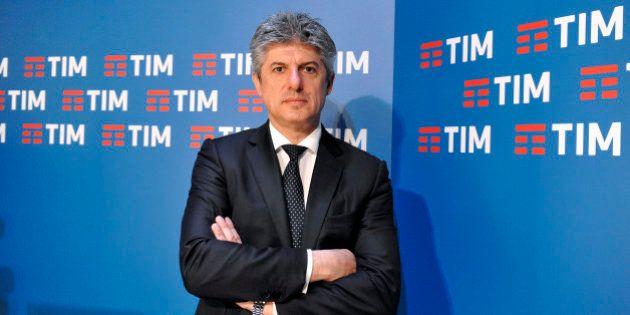 Marco Patuano dimesso: l'ad di Telecom lascia la