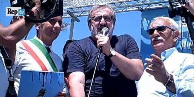 No trivelle, corteo con tre governatori per dire di no al Governo. E Michele Emiliano canta a squarciagola...
