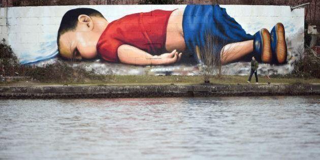 La foto sbiadita di Aylan simbolo della nostra ipocrisia e del fallimento