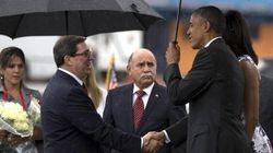 Obama sbarca nell'isola dei Castro ed è