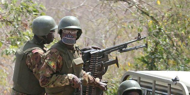 Mali, uomini armati attaccano un hotel a