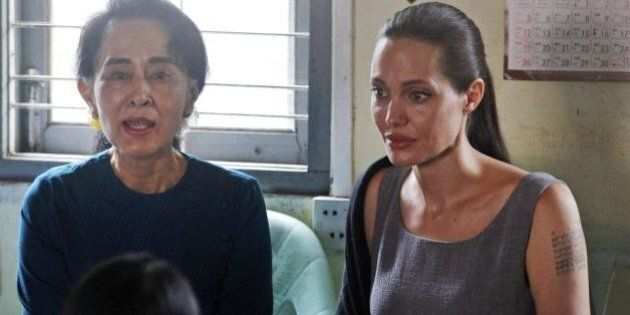 Angelina Jolie peserebbe meno di 40 chili e Brad Pitt minaccerebbe di lasciarla. La notizia di Star smentita...