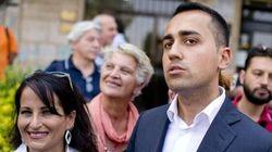 Imbarazzi e nessuno che ci mette la faccia: M5S si difende ma non protegge il sindaco di