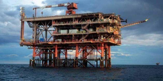 Eni scopre in Egitto il più grande giacimento di gas del Mediterraneo. Renzi sente al Sisi: