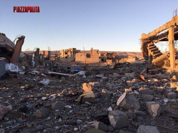 A PiazzaPulita reportage esclusivo di Corrado Formigli dall'Iraq. Dentro i rifugi anti-aereo dell'Isis