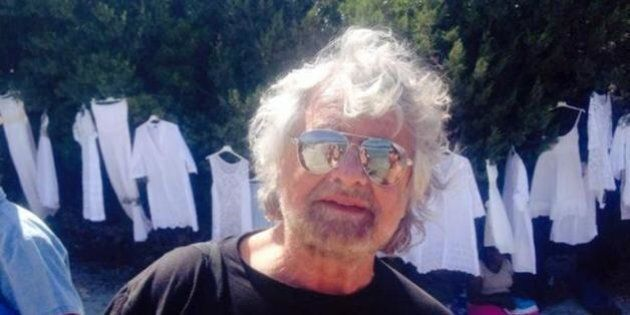 Beppe Grillo, intervista al Financial Times in un golf club della Costa Smeralda: