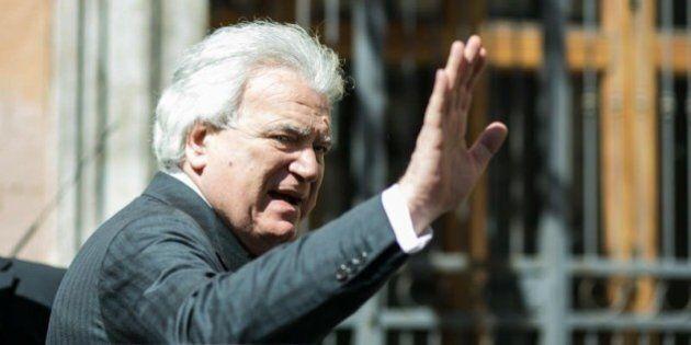 Assemblea Pd 2015, il suk del Senato infiamma i dem. Verdini promette posti e accordi con Renzi, le contro-offerte...