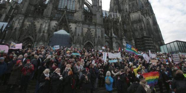 Colonia scende in piazza. Città blindata per due manifestazioni: corteo di Pegida e gruppi anti-razzisti...