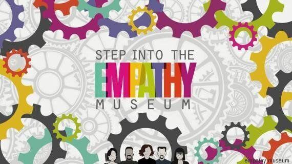 Empathy Museum, a Londra il primo Museo dell'Empatia. Un miglio con le scarpe degli altri per imparare...