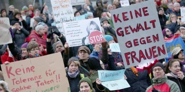 Colonia, no alla violenza sulle donne. Il dibattito aperto dall'Huffington Post si
