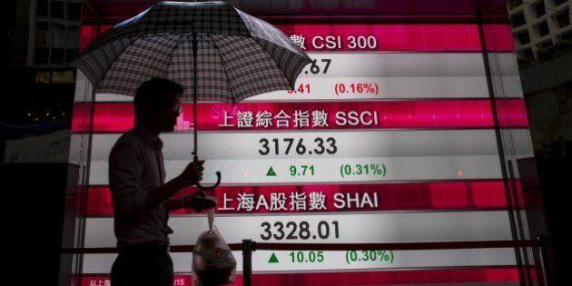 Borse cinesi aprono in calo, ma poi invertono la tendenza. Shanghai guadagna lo 0,31%, Shenzen