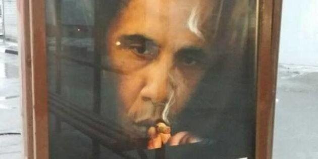 Clima teso fra Russia e Usa, a Mosca appare cartellone anti fumo con foto di Obama: Il fumo uccide più...