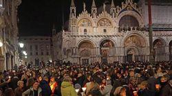 I funerali laici di Valeria a piazza San Marco: