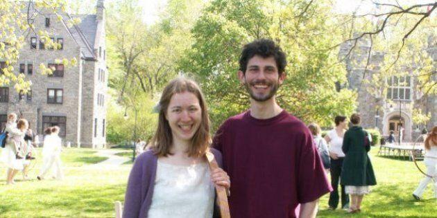 Questa coppia vive con il 6% dello stipendio e ogni anno regala 100mila dollari ai poveri