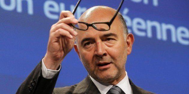 Italia, Pierre Moscovici replica a Renzi: