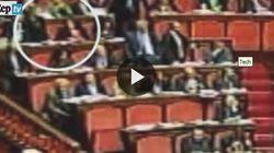 Pubblicato il video dei gesti sessisti in