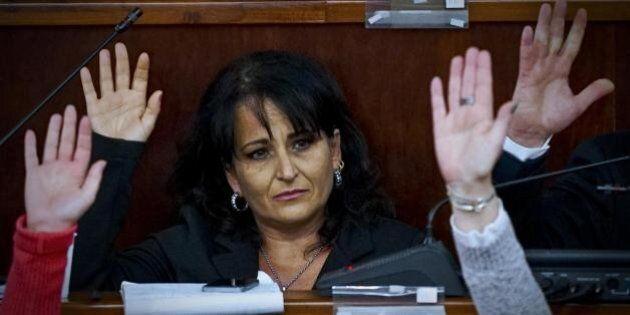 Rosa Capuozzo, M5s espelle la sindaca di Quarto. Lei: