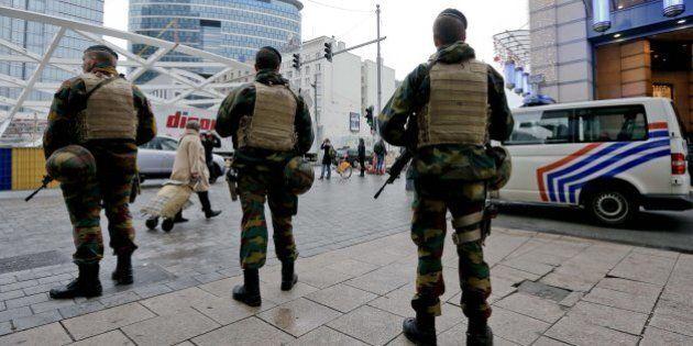 Terrorismo, Bruxelles resta sotto assedio. Capitale Ue verso un lunedì di straordinaria paura (FOTO,