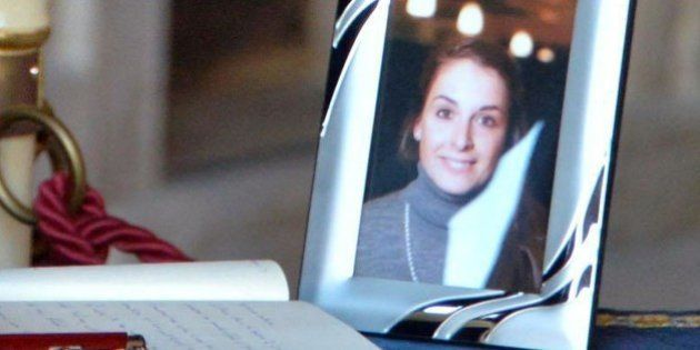 Valeria Solesin morta al Bataclan, il dolore del padre Alberto. Renzi e Boldrini alla camera