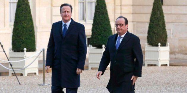 Francois Hollande incontra David Cameron, che si dice