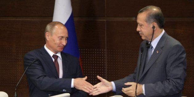 Turchia Russia: il divorzio economico 'is not an option'. Per Ankara, Turkish Stream e turismo sono troppo