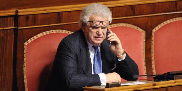 Denis Verdini non ha i numeri per fare il gruppo dei responsabili a sostegno di Renzi. Le telefonate...