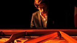Ecco chi è il pianista che Tiziano Ferro